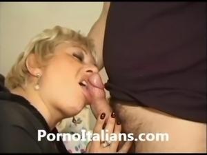 Matura italiana scopa con giovane cazzo