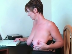 Busty granny toying her pussy and asshole