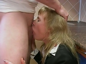 Mature slut pussy fisted and anal fucked