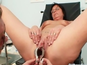 Elder housewife loves kinky things and piercing on her old pussy looks nasty....