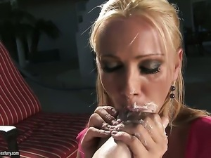 Blonde cutie gets unbelievable sexual pleasure in lesbian action with Monique...