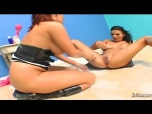 babe gets her ass filled with milk