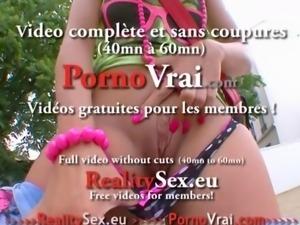 Petite blonde baise facile avec des inconnus !! French amateur