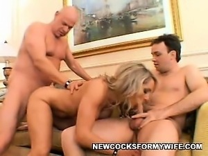 Hot Wife's Fuckfest