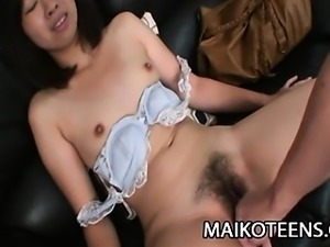Teen Japanese babe Rei Iwamoto gets her pussy pleased with