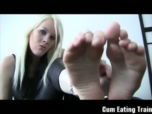 Perfect blonde mistress wants to cum on her feet
