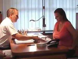 MILF Thick German Woman Interview - negrofloripa