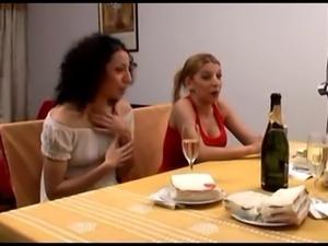 Lesbian Adventures...F70