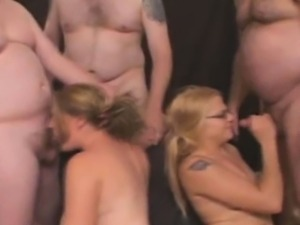 Amateur Sluts Get Mouth Humped And Take Facials At Gangbang