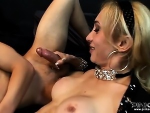 Horny Italian shemale slut Laura screws a gay boy
