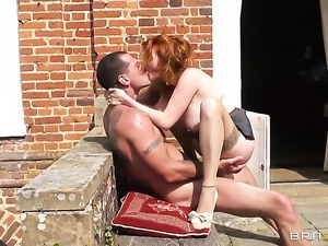 Jay Snake gives breathtakingly beautiful Tarra Whites back swing a try in...