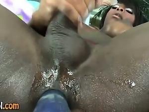 Ebony tranny solo jerking