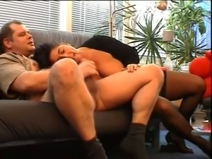 Hot Mature needs to pay with ........ Sex