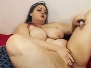 Chubby big tit curvy bbw fucks her pussy on webcam