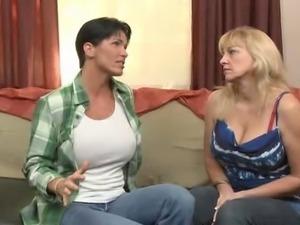 Lesbian sex 871