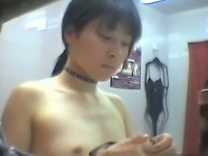 Japanese beauties filmed in fitting rooms