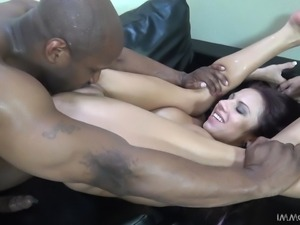 lylith having a squirt fun with a bbc
