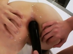 Milksquirting babe gets ass full of milk