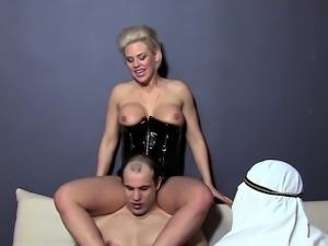 Arab Slave Mistress Foot Fetish Worship Cuckold