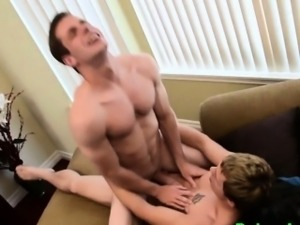 Ripped surfer dudes fuck