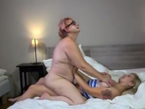 Granny Lesbian sex, mature sex