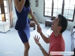 Splendid brunette Luna Star gets fucked free