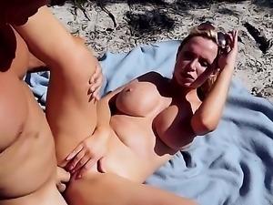 Milf naked porn