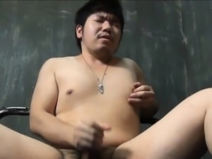 Japanese prisoner cums