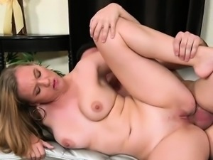 Slut Takes Big Cock In Her Pussy And Mouth