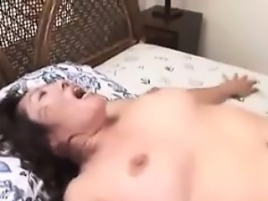 Mature Japanese Woman Gets Creampied