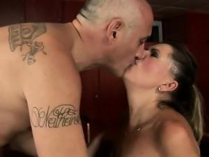 Italian wife Kehlenfick