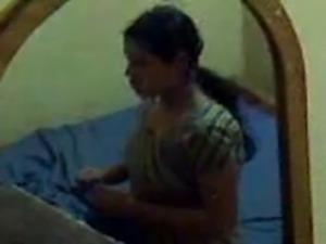 Desi aunty fucked with hubby Secretly Capture video