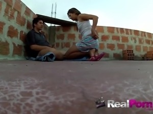 amateur babe sucks cock outdoor