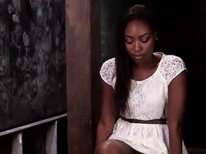 Afro colombiana embarazada demuestra su conjo rojo y peludo - 3 part 5