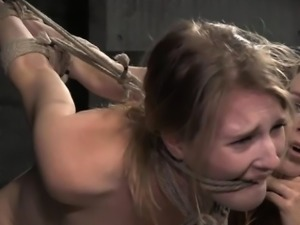 Horny girlfriend anal squirt