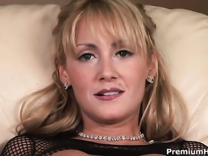 Hot blonde solo girl Jerilyn Paige