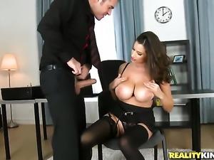 Milf brunette in lingerie loves dicks