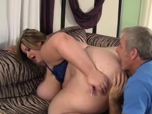 Giant titty Mandy Majestic fucked hard