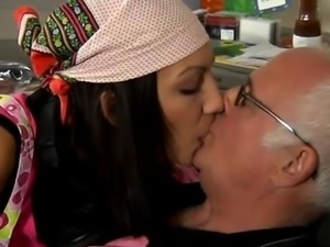 Teen girl and mature man blowjob Cees an old editor loved ey