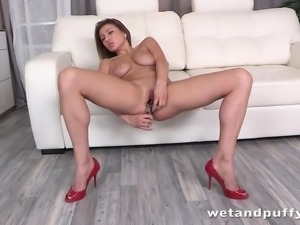 hot long haired girl teasing and pissing