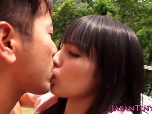 Tiny asian cocksucker squirts for her facial