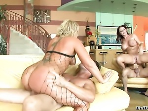 David Perry is horny and cant wait no more to pound sex hungry Sophie Dees...
