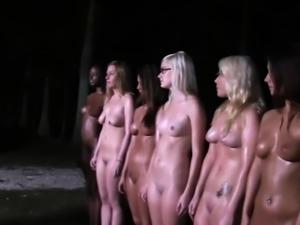 Dark stripper acquires lusty sucking after pole dancing