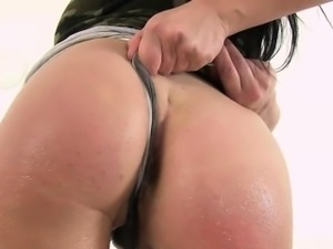 Busty Shione gets her pussy wet