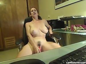 Big Tits and Glasses on Cam