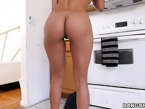 Huge ass maid is cleaning the kitchen