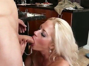 Holly Heart is a mature blonde cougar that has hired a handyman to do some...