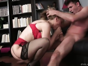James Deen makes Nina Hartley with juicy tits gag on his meaty rod