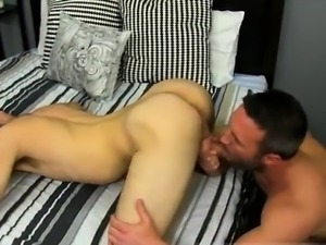 Hen xxx sex movie and british emo gay porn He gets on his kn