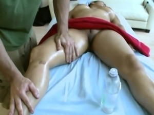 Delighting a horny slit during sensual oil massage